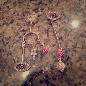 NWOT ornate rhinestone earrings